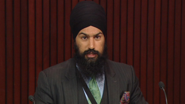New Democrat MPP Jagmeet Singh has introduced a private member's bill that seeks to put a cap on the fees that money-transfer agencies can charge Ontarians. (CBC)