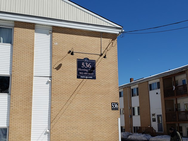 A MetCap Living owned apartment complex on 536 Herring Cove Road (Chris Halef/HalifaxToday.ca)
